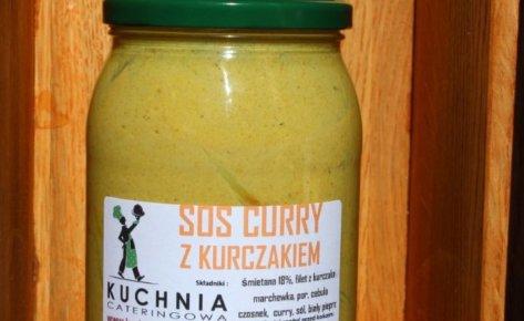 Kurczak w śmietanowym sosie curry z warzywami