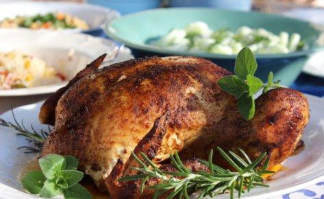 Cały kurczak pieczony w aromatycznych przyprawach
